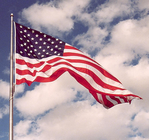http://goosebury.com/wp-content/uploads/2011/11/American_Flag_waving.jpg